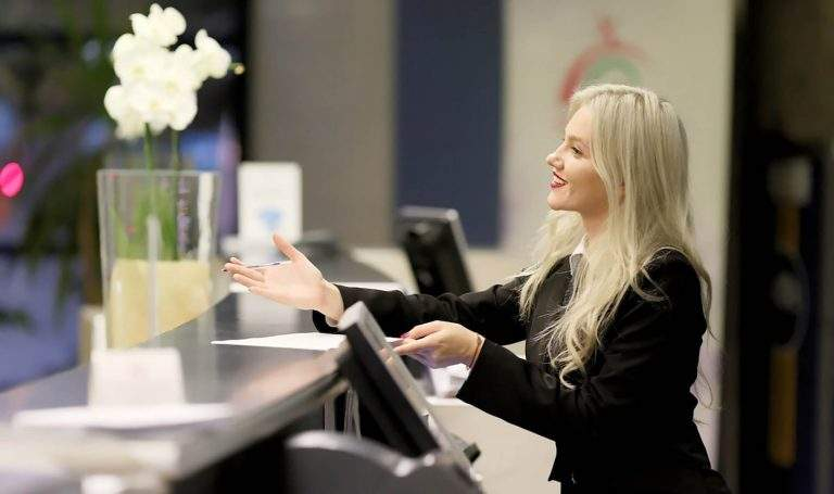 Assistant-Front-Desk-Manager-1nnnn